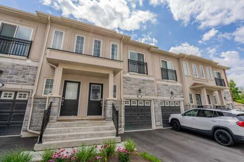 Townhouse for sale at 34 Prospect Wy Whitby Ontario - MLS: E4926188