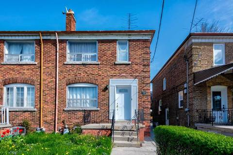 Townhouse for sale at 34 Rogers Rd Toronto Ontario - MLS: C4461367