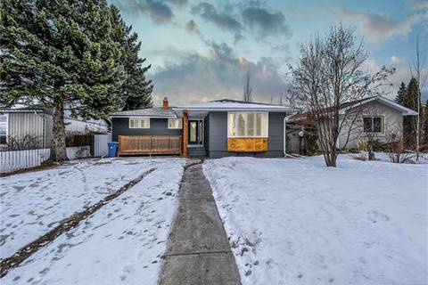 House for sale at 34 Southampton Dr Southwest Calgary Alberta - MLS: C4293284