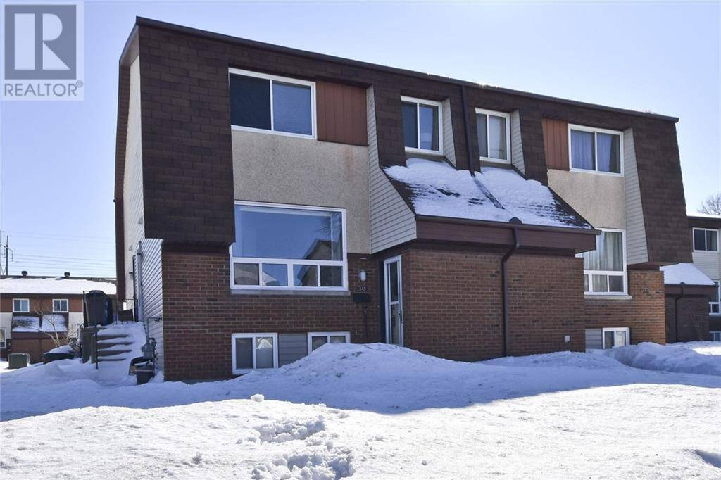 Townhouse for sale at 34 Woodvale Green Ottawa Ontario - MLS: 1182986