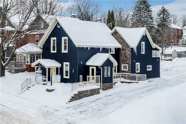 For Sale: 340 First Street, Midland, ON   3 Bath Property for $464,900. See 10 photos!