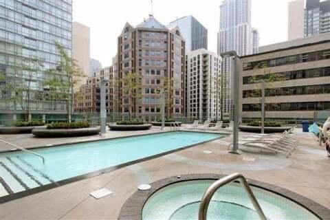 Apartment for rent at 832 Bay St Unit 3401 Toronto Ontario - MLS: C4917134