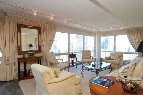 Apartment for rent at 1001 Bay St Unit 3404 Toronto Ontario - MLS: C4817079