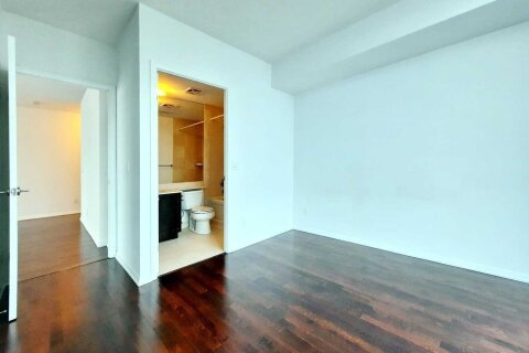 Apartment for rent at 215 Fort York Blvd Unit 3404 Toronto Ontario - MLS: C5055002