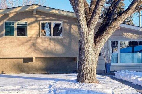 3404 Lane Crescent SW, Calgary | Image 1