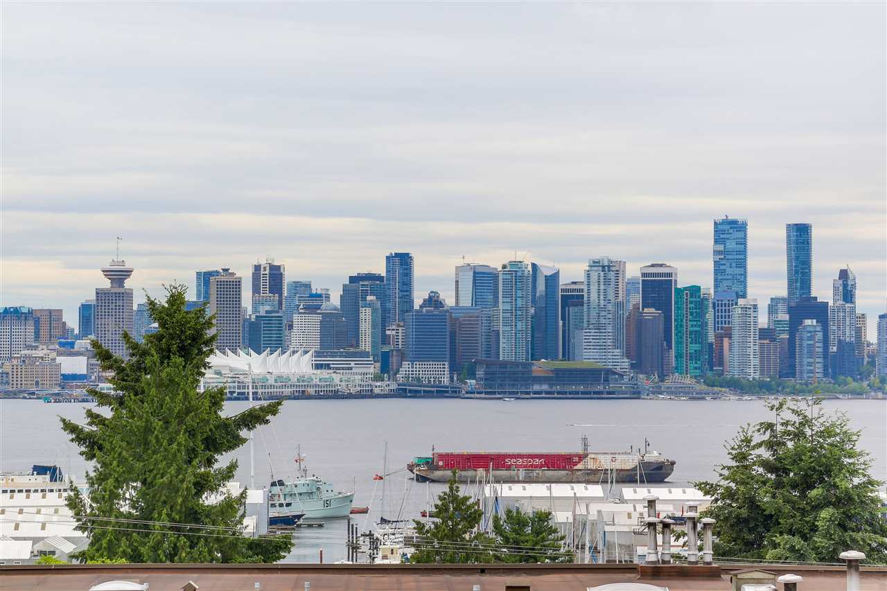 Buliding: 340 West 3rd Street, North Vancouver, BC
