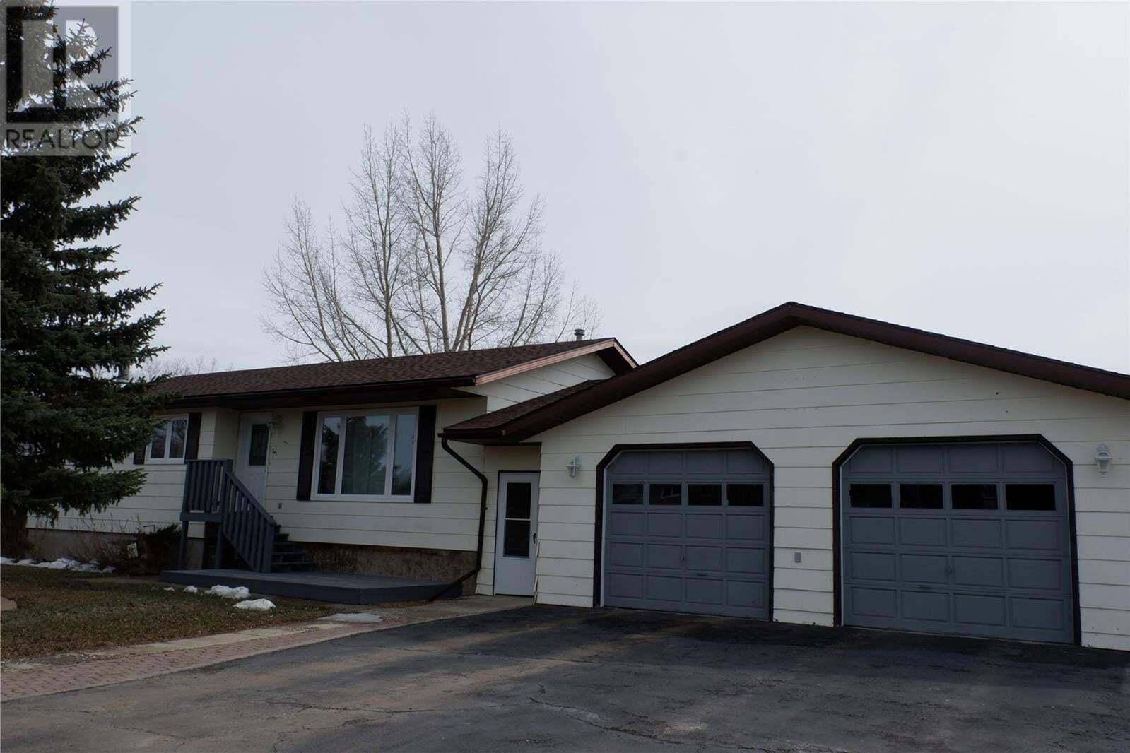House for sale at 341 Westview Dr Coronach Saskatchewan - MLS: SK826619