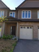 Townhouse for rent at 341 Wood Acres Gr Ottawa Ontario - MLS: 1164386