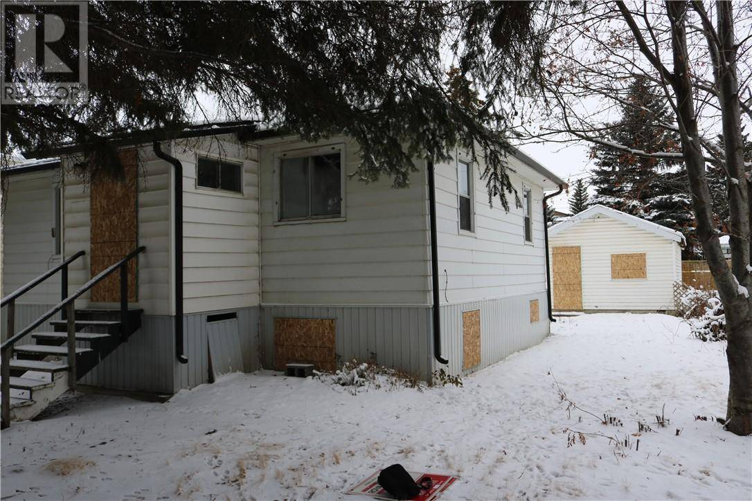 3410 51 Avenue, Red Deer | Image 2