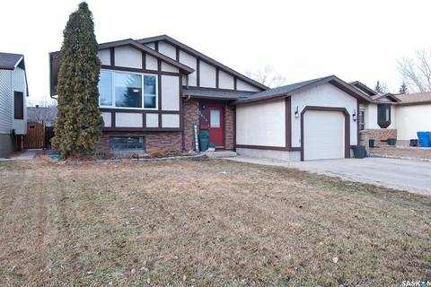 House for sale at 3414 7th Ave E Regina Saskatchewan - MLS: SK802936