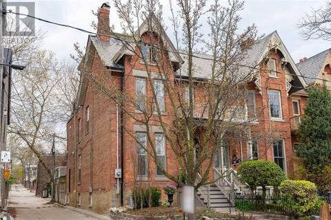 Townhouse for sale at 342 Carlton St Toronto Ontario - MLS: C4441507