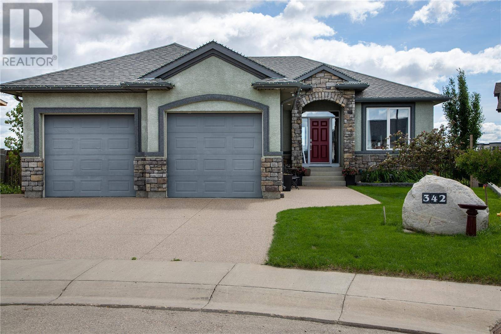 House for sale at 342 Greenfield Ter  Saskatoon Saskatchewan - MLS: SK778553