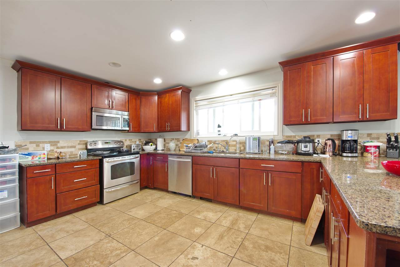 For Sale 34201 Laxton Avenue Mission BC