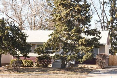 House for sale at 3428 Avonhurst Dr Regina Saskatchewan - MLS: SK805454