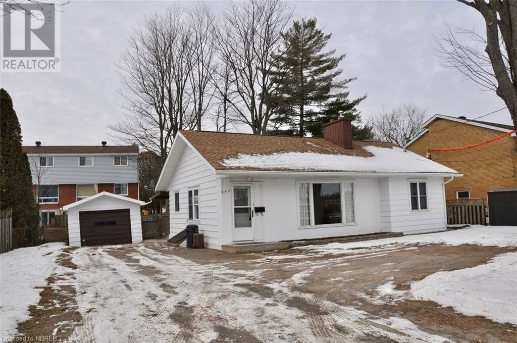 House for sale at 343 Lakeshore Dr North Bay Ontario - MLS: 234232