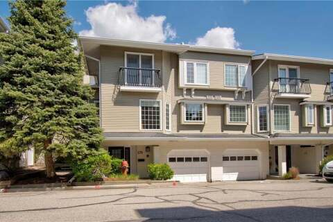 Townhouse for sale at 3437 42 St NW Calgary Alberta - MLS: C4297916