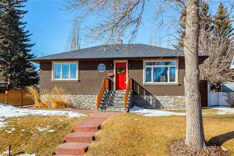 House for sale at 3439 32 St Southwest Calgary Alberta - MLS: C4206317