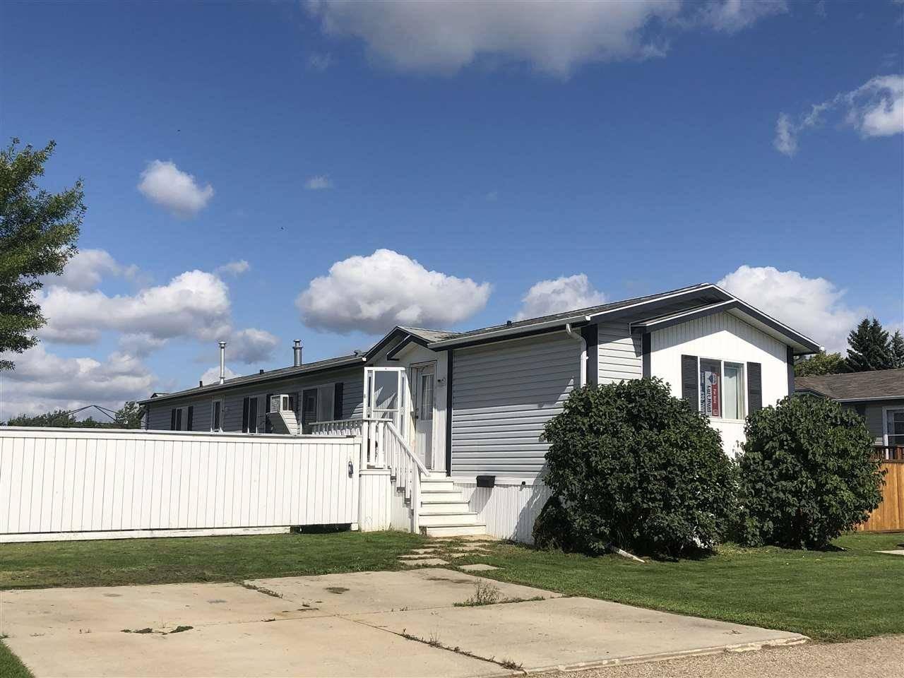 Home for sale at 10770 Winterburn Rd Nw Unit 3443 Edmonton Alberta - MLS: E4172155