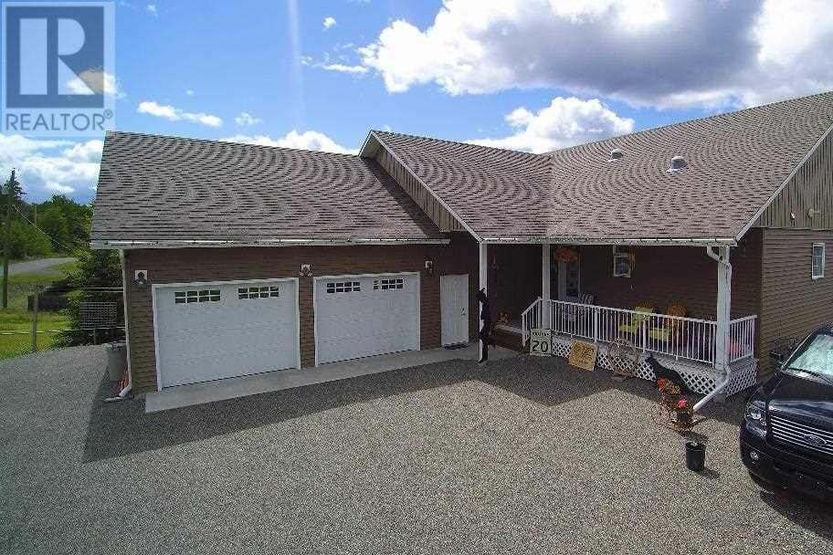 House for sale at 3444 Dunsmuir Rd Lac La Hache British Columbia - MLS: R2460393