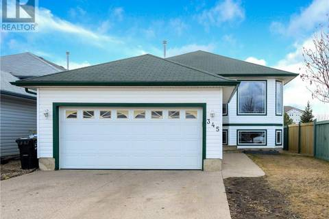 House for sale at 345 Diefenbaker Dr Fort Mcmurray Alberta - MLS: fm0162751