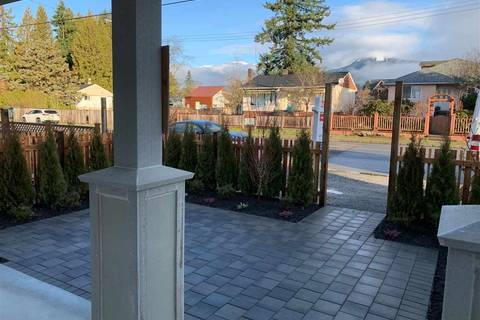 Townhouse for sale at 345 13th St E North Vancouver British Columbia - MLS: R2427943