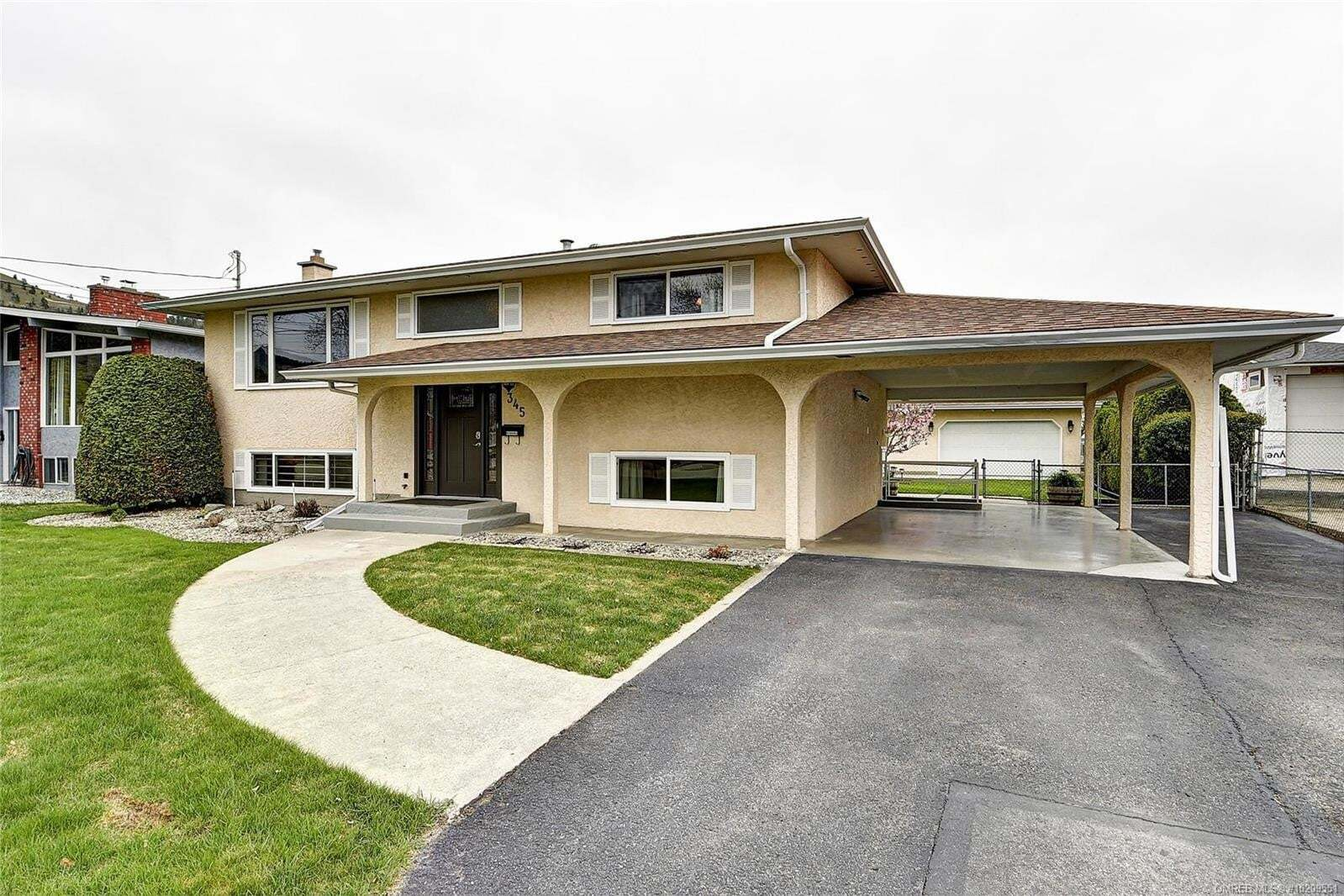 House for sale at 345 Husch Rd Kelowna British Columbia - MLS: 10209551