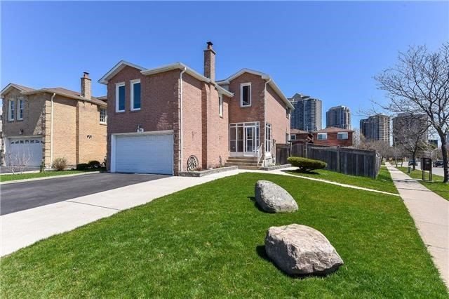 Sold: 345 Kingsbridge Garden Circle, Mississauga, ON