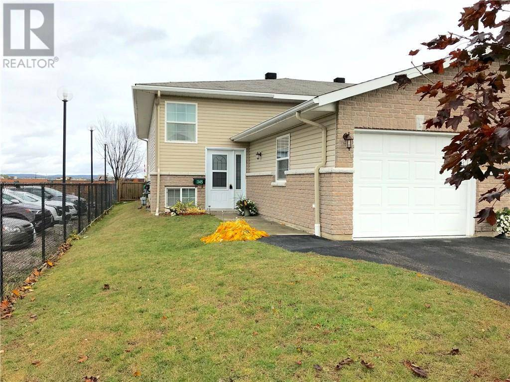 Townhouse for sale at 345 Matheson Dr Pembroke Ontario - MLS: 1173676