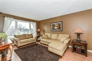 House for sale at 345 Wintergreen Dr Waterloo Ontario - MLS: X4390564
