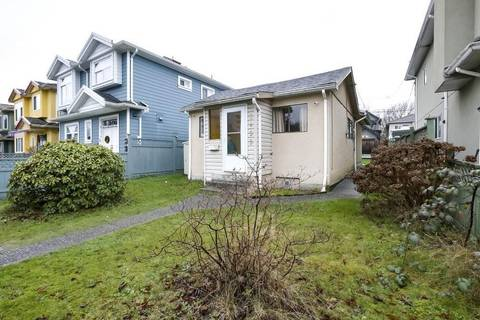 House for sale at 3455 William St Vancouver British Columbia - MLS: R2447284