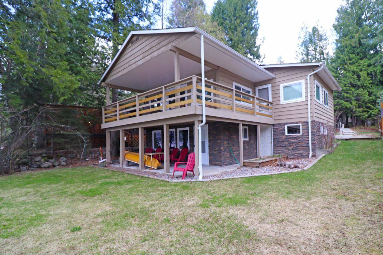 House for sale at 3463 East Lake Drive  Christina Lake British Columbia - MLS: 2451607