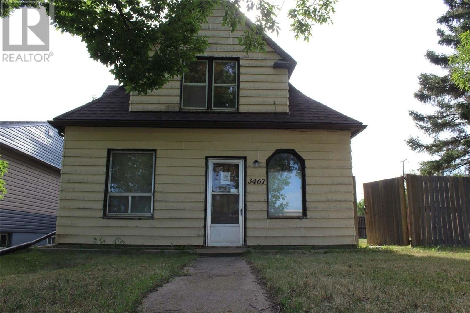 House for sale at 3467 Rutland Ave Gull Lake Saskatchewan - MLS: SK819365