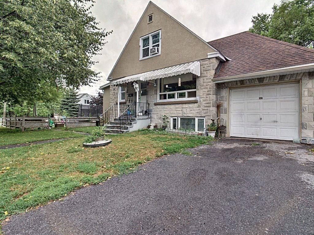 Townhouse for sale at 347 Blake Blvd Ottawa Ontario - MLS: 1169865