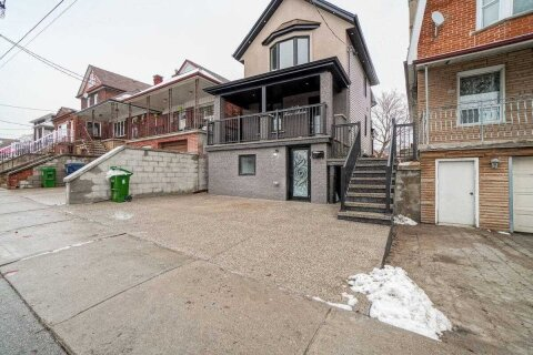 House for sale at 347 Kane Ave Toronto Ontario - MLS: W5076619
