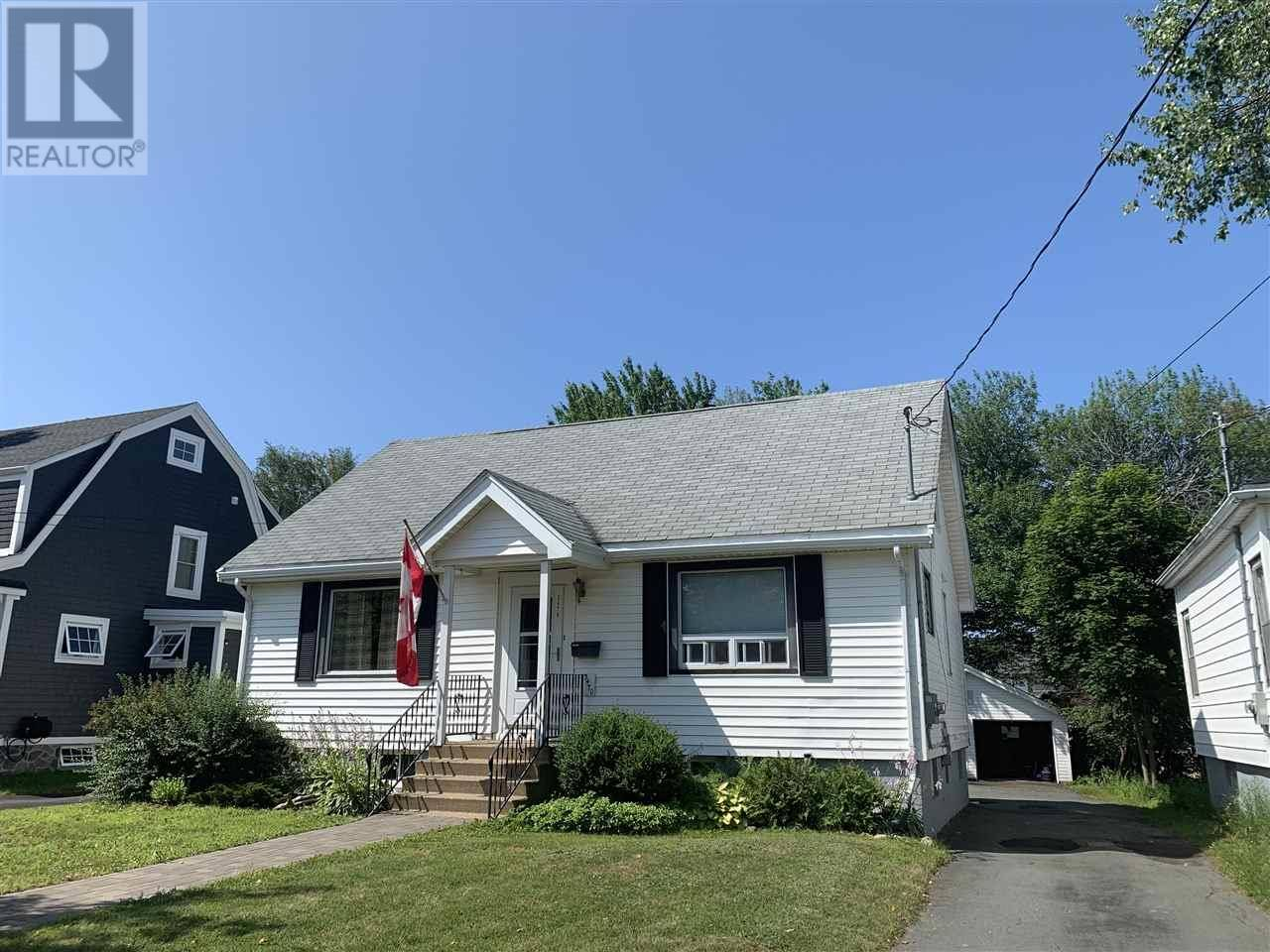 House for sale at 3470 Connaught Ave Halifax Nova Scotia - MLS: 201918821
