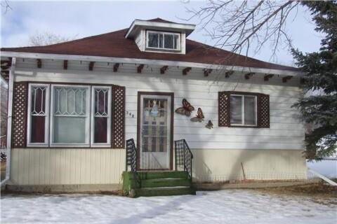 House for sale at 348 1st St W Leader Saskatchewan - MLS: SK798316