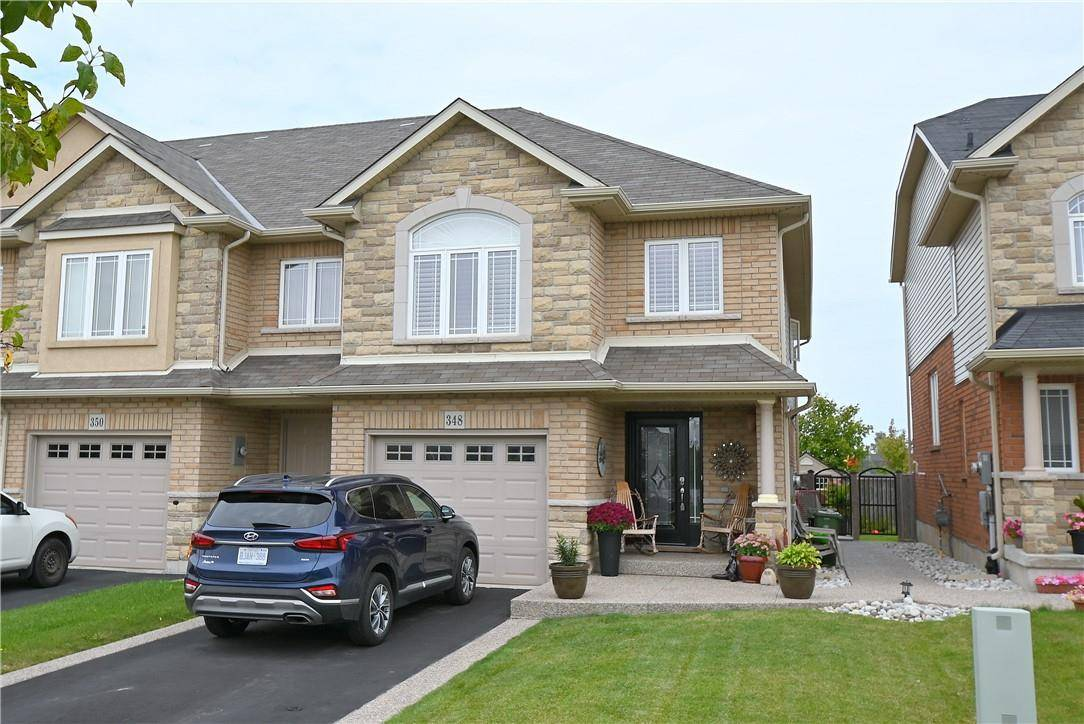 Townhouse for sale at 348 Pinehill Dr Hamilton Ontario - MLS: H4063559
