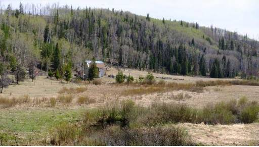 Residential property for sale at 3480 Lake Rd 70 Mile House British Columbia - MLS: R2296407