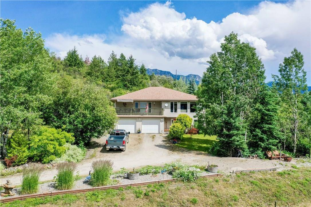 House for sale at 3480 Phillips Road  Lister British Columbia - MLS: 2438988