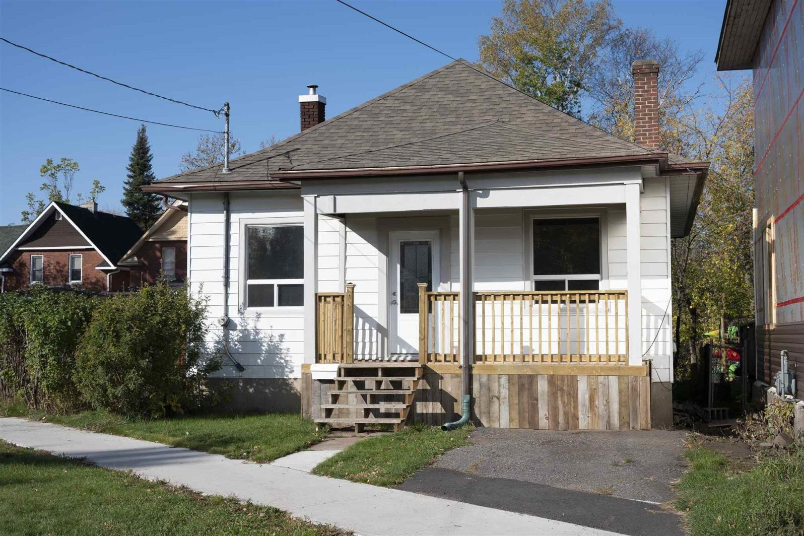 House for sale at 349 Norah St North Thunder Bay Ontario - MLS: TB202518