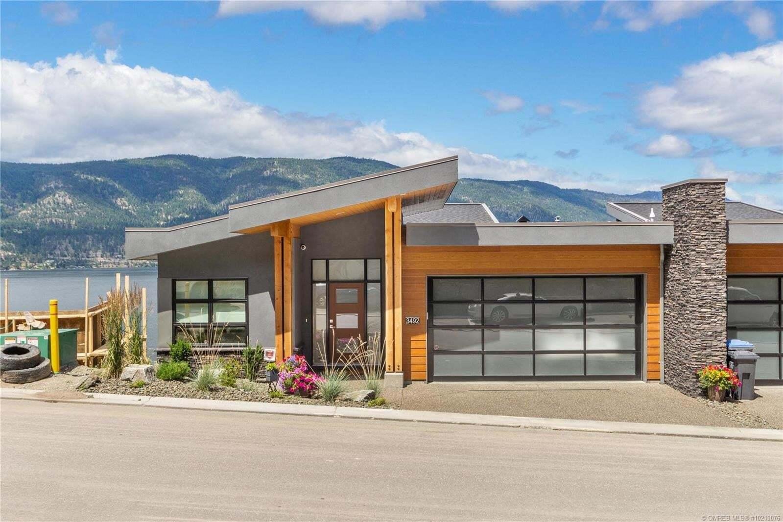 House for sale at 3492 Granite Cs Kelowna British Columbia - MLS: 10210076
