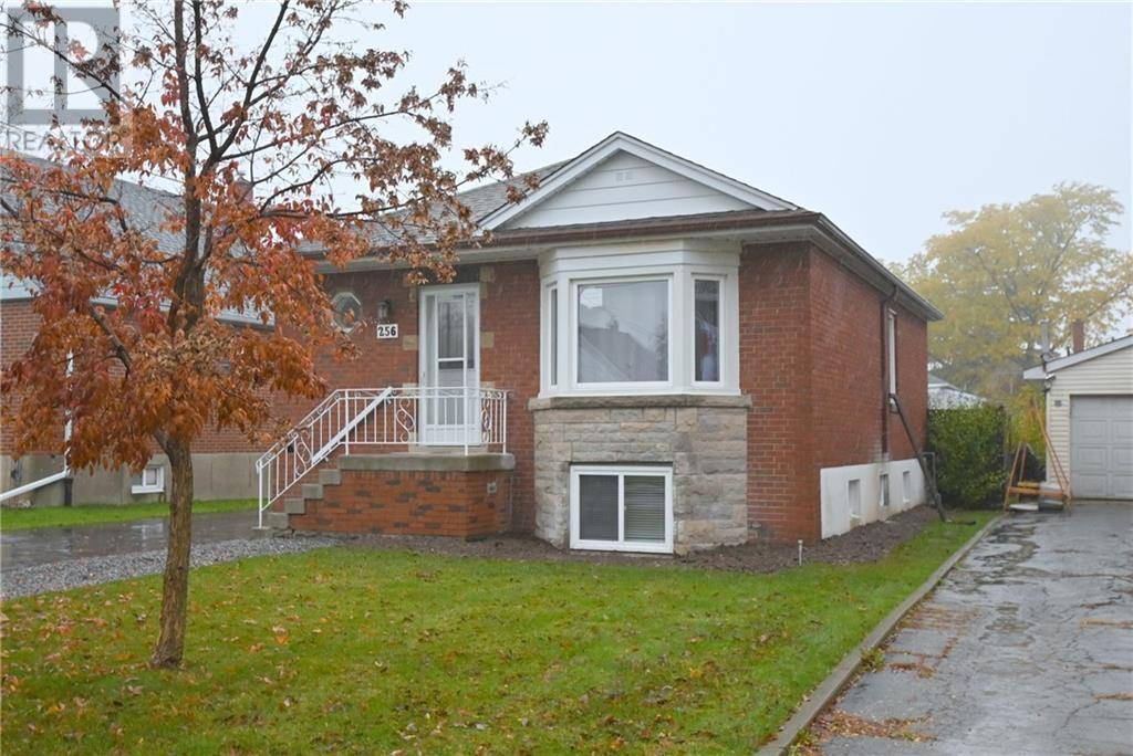 House for rent at 256 East 34th St East Unit 34th Hamilton Ontario - MLS: 30775905
