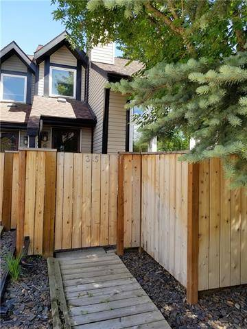 Townhouse for sale at 12625 24 St Southwest Unit 35 Calgary Alberta - MLS: C4255627