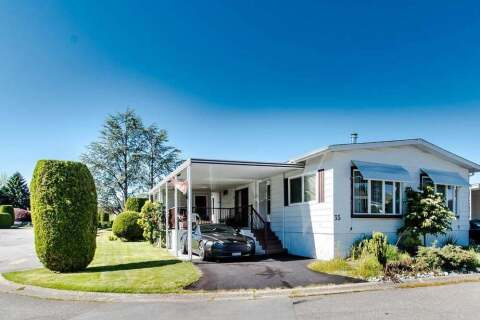 Home for sale at 2120 King George Blvd Unit 35 Surrey British Columbia - MLS: R2460033
