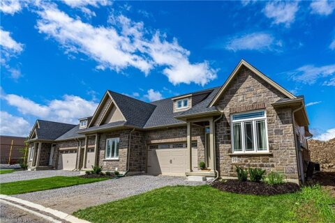 Townhouse for sale at 45 Dorchester Blvd Unit 35 St. Catharines Ontario - MLS: 40046579
