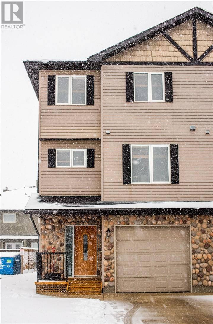 Townhouse for sale at 762 Heritage Blvd W Unit 35 Lethbridge Alberta - MLS: ld0184007