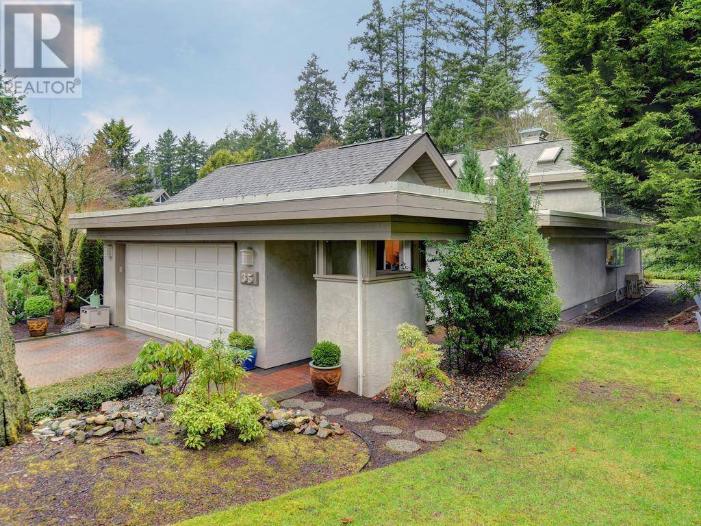 Townhouse for sale at 928 Bearwood Ln Unit 35 Victoria British Columbia - MLS: 420836