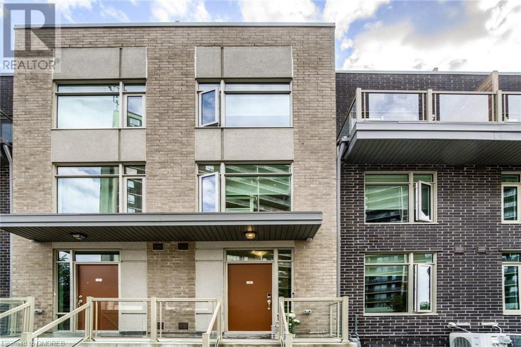 Townhouse for sale at 35 Applewood Ln Toronto Ontario - MLS: 40034421