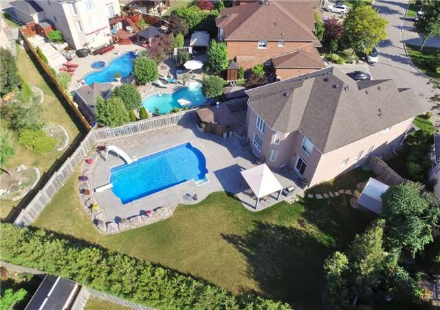 For Sale: 35 Aventura Crescent, Vaughan, ON | 4 Bed, 4 Bath House for $1,479,000. See 16 photos!