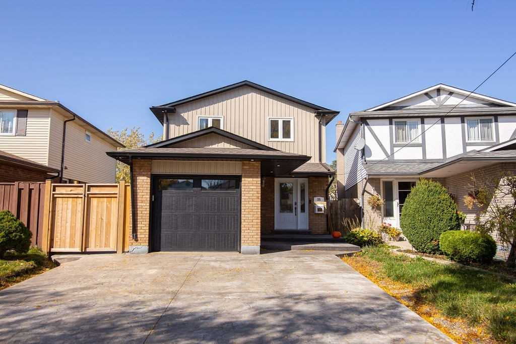 For Sale: 35 Birchlawn Drive, Hamilton, ON   3 Bed, 3 Bath House for $699900.00. See 39 photos!